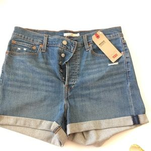 NWT 32, Levi button fly, high rise wedgie shorts